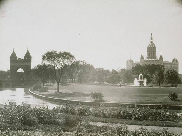 Panorama of Bushnell Park, 1920s