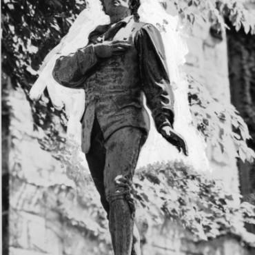 Nathan Hale Statue, Hartford