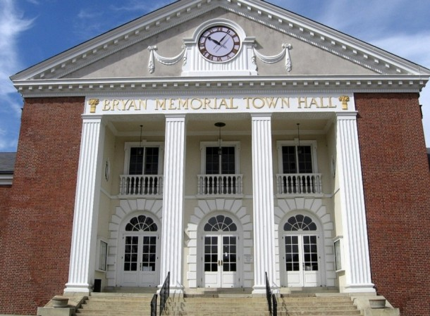 Bryan Memorial Town Hall, Washington