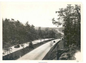 Merritt Parkway looking west toward the Black Rock Turnpike