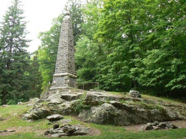 Putnam Memorial State Park, Redding