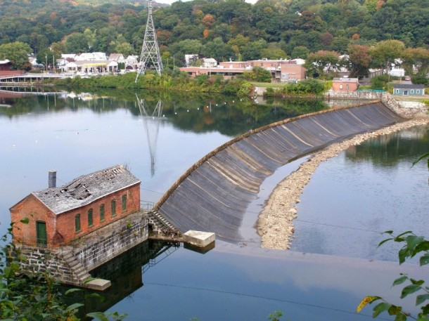 Ousatonic Dam, Shelton