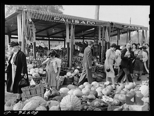 Harvest market near Windsor Locks