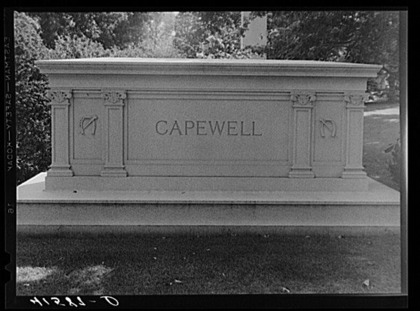 Monument to Capewell, the inventor of the famous horseshoe nail
