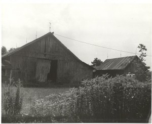 New England barn, Thompson