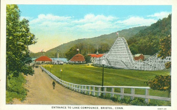 Lake Compounce entrance, Bristol