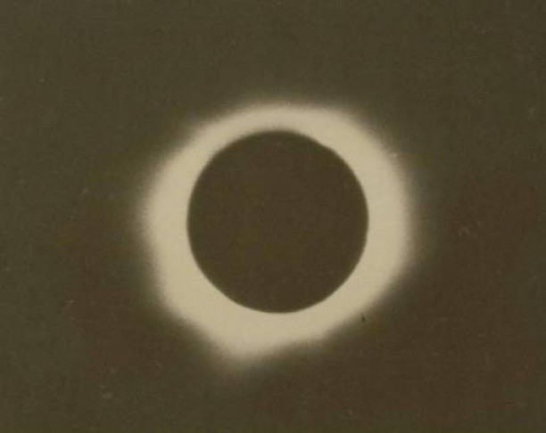 Total eclipse by Frederick E. Turner, Willimantic, January 24, 1925