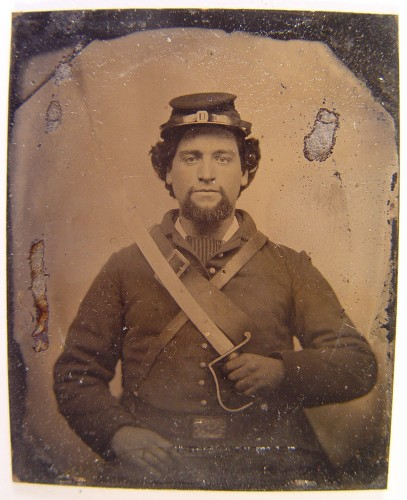 Unidentified soldier in Union uniform holding 1818 Nathan Starr Contract cavalry saber
