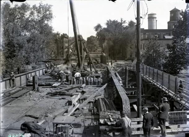 Laurel Street bridge construction, Hartford