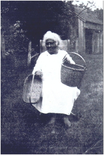 "Tamer Emeline ""Aunt Liney"" Williams, Eastern Pequot Basket maker"
