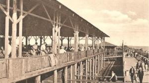 Hammonasset Beach boardwalk