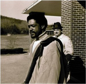 Bobby Seale leaves Montville for his trial on March 18, 1971 - Hartford Courant file image