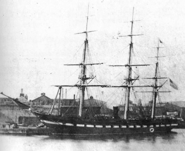 USS Hartford as she appeared in the 1870s, with a complete spar deck - US Naval History and Heritage Command