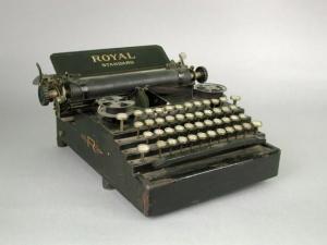 Royal Typewriter, ca. 1901–1907 - Connecticut Historical Society, Gift of Judd Caplovich