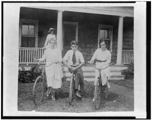 "Clare Boothe Luce, David Boothe, and ""Buff"" Elizabeth Cobbs, posed on lawn, with bicycles, Sound Beach, Connecticut, ca. 1916 - Library of Congress, Prints and Photographs Division"