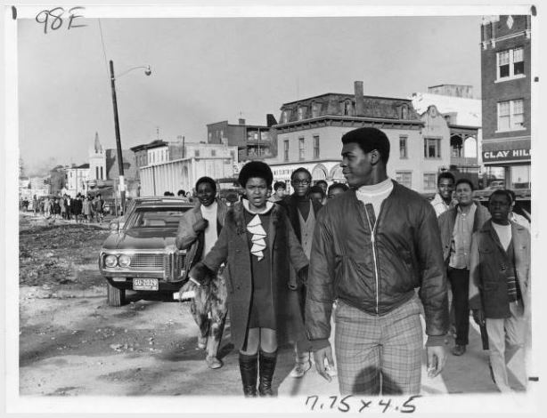 Weaver High School students marching on Albany Avenue, Hartford, December 1969 - Hartford Public Library, Hartford History Center, Hartford Times Collection and Connecticut History Online