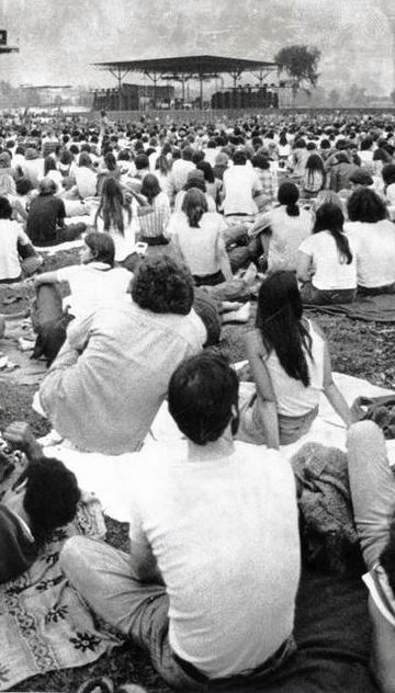 Colt Park Concert, July 12, 1976 Hartford Courant file image