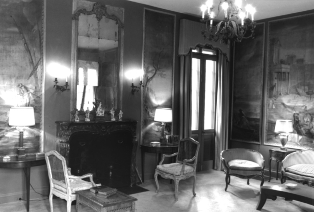 Living room, the Austin House, 1993. Photo by Eugene Gaddis - National Register of Historic Places