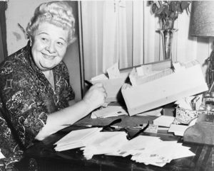 Sophie Tucker - World-Telegram photo by Dick DeMarsico
