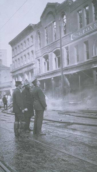 Fire at G. Fox & Co., Main Street, Hartford
