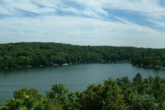Candlewood Lake, Sherman