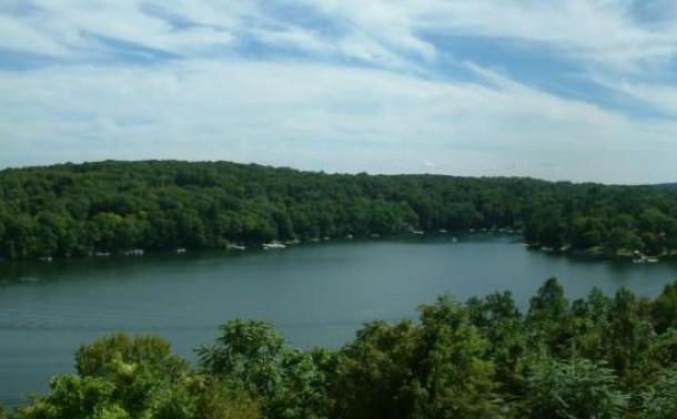 Candlewood Lake, Sherman