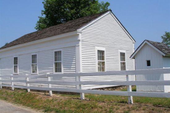 Moor's Charity School, Columbia