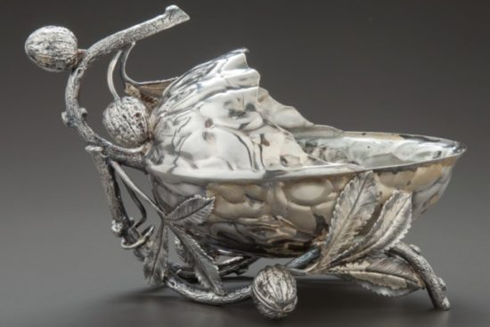 Meriden Silver Plate Company, nut dish