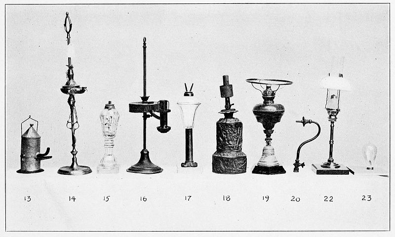 An Evolution of Fluid Burning Lamps up to the Electric Light